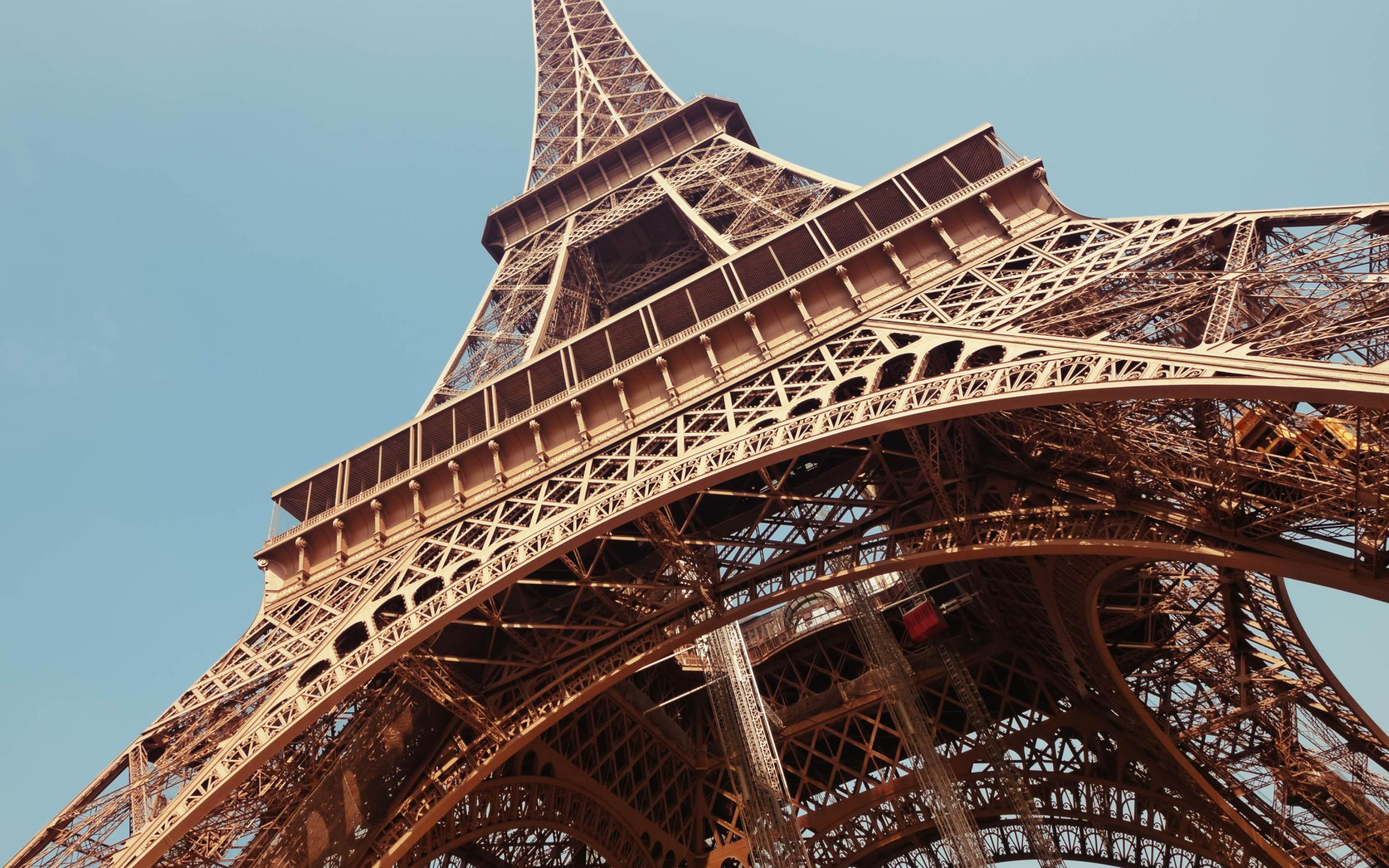 A picture of the Eiffel Tower taken by a student of the Languages and Culture (Romance Languages)
