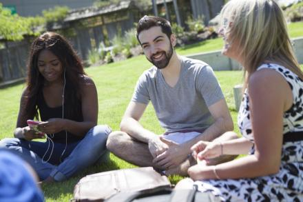 3 Tips to Help You Pay for University